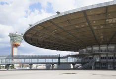 À planter le ` en verre de ` de pavillon à l'aéroport de Sheremetyevo moscou Photo stock