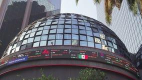 À pleine vue de la bourse des valeurs mexicaine banque de vidéos
