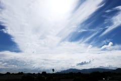 à¸'sky wzgórza i chmury Zdjęcia Royalty Free
