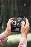 À télécommande pour le bourdon téléguidé, plan rapproché Photographie stock libre de droits