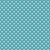 Às bolinhas brancos pequenos no azul do mar Imagens de Stock Royalty Free