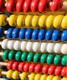 Ábaco con las bolas de madera coloreadas Fotos de archivo