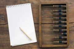 Ábaco e notas Foto de Stock