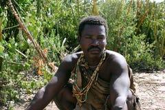 África, Tanzânia, cacique do Hadzabe imagem de stock royalty free
