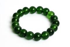 Ágata del dragón verde, piedra afortunada de la pulsera del jaspe Imágenes de archivo libres de regalías
