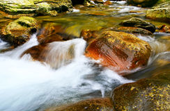 Água & pedra Foto de Stock