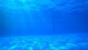 Água azul para dentro video estoque