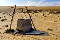 Água bem no deserto Fotografia de Stock