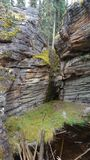 A água cinzelou a formação de rocha imagem de stock