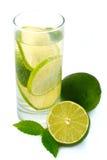 Água com cal verde. Fotos de Stock Royalty Free