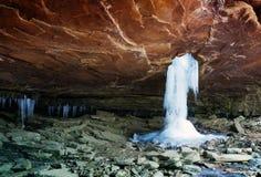 Água congelada Glory Hole Falls e sincelos Arkansas, Sta unido Imagem de Stock