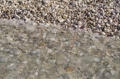 Água corrente nas marés, oceano, kefalonia, greece Fotografia de Stock