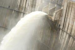 Água da descarga da represa foto de stock royalty free