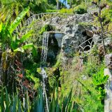 Água da fonte, transparente Fotos de Stock
