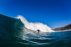 Água da volta da parte inferior do surfista Imagem de Stock Royalty Free
