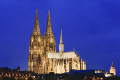 Água de Colônia iluminada da catedral fotografia de stock royalty free