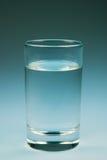 Água de copo e Imagem de Stock