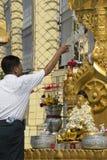 Pagode de Botatung - Yangon - Myanmar fotos de stock royalty free