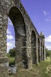 Água de Prata Aqueduct (acueducto del agua de plata) en Évora, Po Fotos de archivo