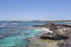 Água de turquesa na ilha de Rottnest, Austrália Ocidental, Austrália imagem de stock