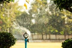 Água do sistema de extinção de incêndios Fotos de Stock