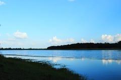 Água e céu do campo Foto de Stock