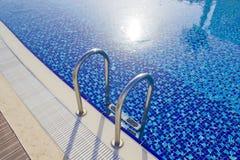 Água e guarda-chuvas Imagem de Stock