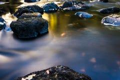 Água e pedra Foto de Stock
