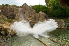 A água espirra Imagens de Stock