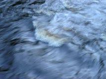 Água Hurtling Fotos de Stock