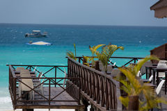 Água incrível de turquesa e céu azul Foto de Stock