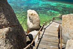 Água Koh Tao de turquesa - uma ilha do paraíso em Tailândia. Fotografia de Stock