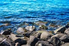 Água na costa Foto de Stock Royalty Free
