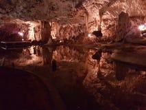 Água nas cavernas Fotografia de Stock Royalty Free