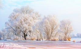 Água, neve e gelo congelados no rio de Dnieper Foto de Stock
