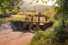 Água no canal seco fotos de stock royalty free