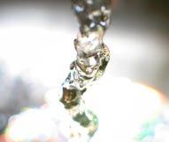 Água que funciona da torneira Fotos de Stock