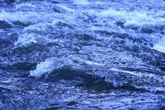Água Raging Imagens de Stock