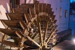 A água roda dentro Praga, República Checa imagens de stock royalty free