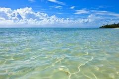 Águas de turquesa de bahamas Imagens de Stock