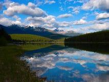 Águas reflexivas imagens de stock royalty free
