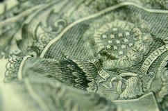 Águia americana no reverso da nota de dólar dos E.U. fotos de stock royalty free