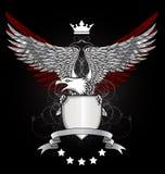 Águia com protetor e emblema Foto de Stock