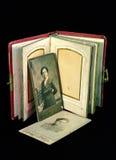 Álbum antiguo de la familia Imagen de archivo libre de regalías