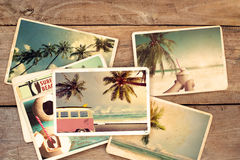 Álbum de fotografias do verão na tabela de madeira foto de stock royalty free