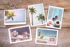 Álbum de fotografias do verão na tabela de madeira fotografia de stock