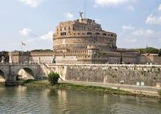 ` Ángel de Castel Sant en Parco Adriano, Roma, Italia Imagenes de archivo