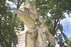 Ángel de Deat en el cementerio Fotografía de archivo