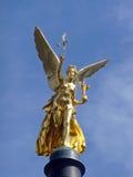 Ángel de oro de la estatua de la paz en Munich/Alemania, 2009 Imagenes de archivo