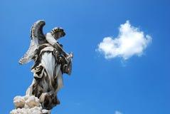 Ángel en el cielo imagen de archivo libre de regalías